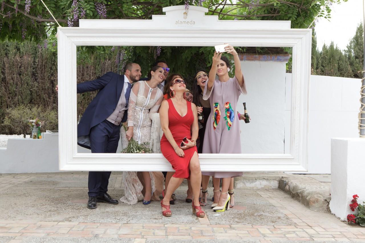 Photocall alameda catering y eventos - Photocall boda casero ...