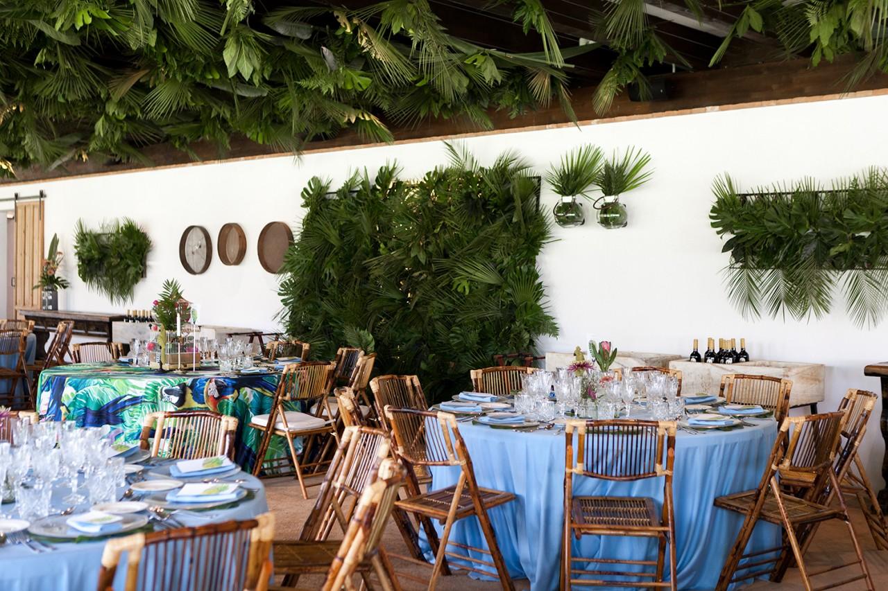 Una boda tropical en el cortijo enmedio servida por alameda for Bodas jardin botanico malaga