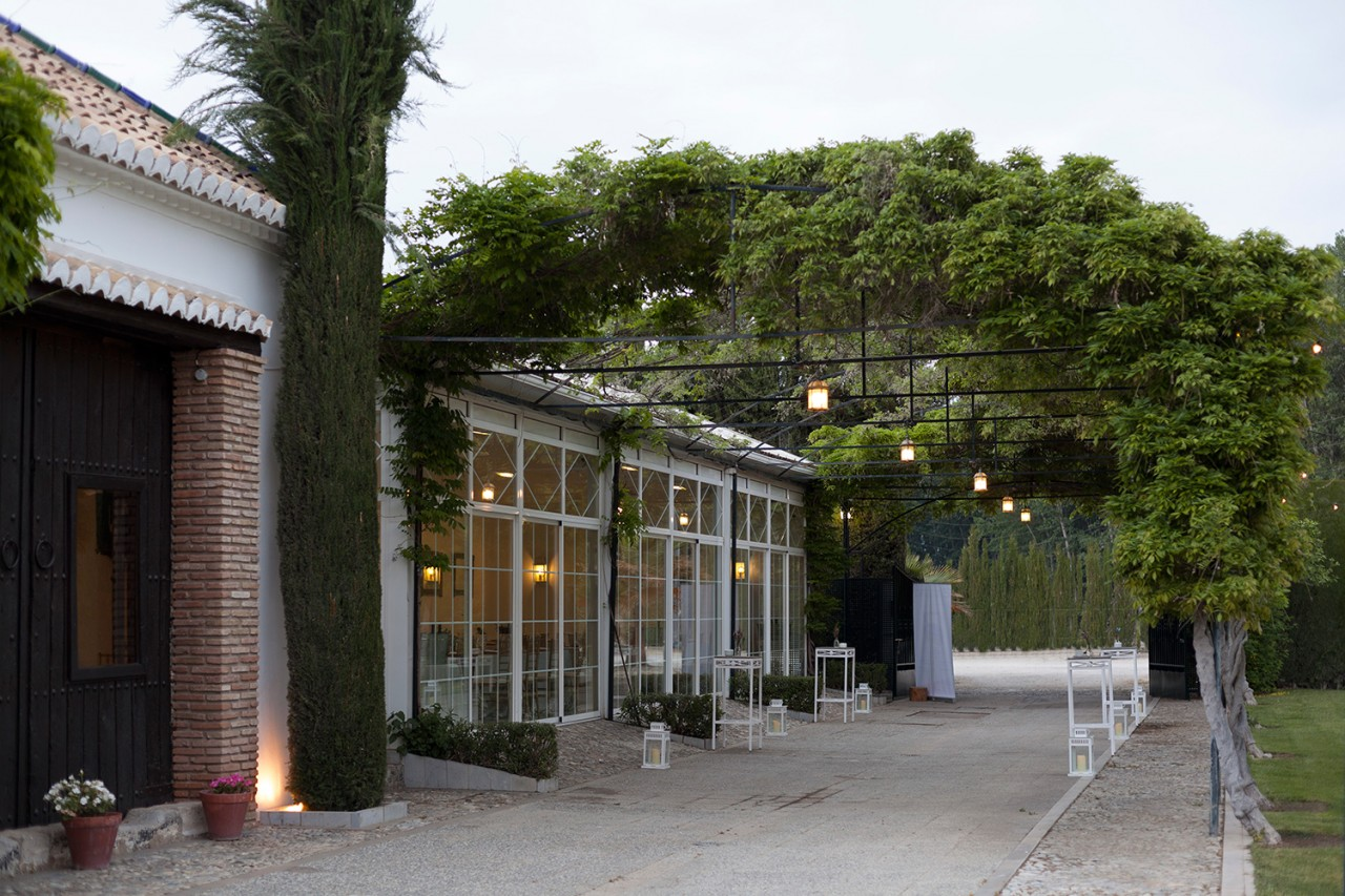 Alameda-Catering_Evento-Abbott_011 - Fotografía de la cena de gala ofrecida para la empresa Abbott en el Cortijo Alameda de Granada