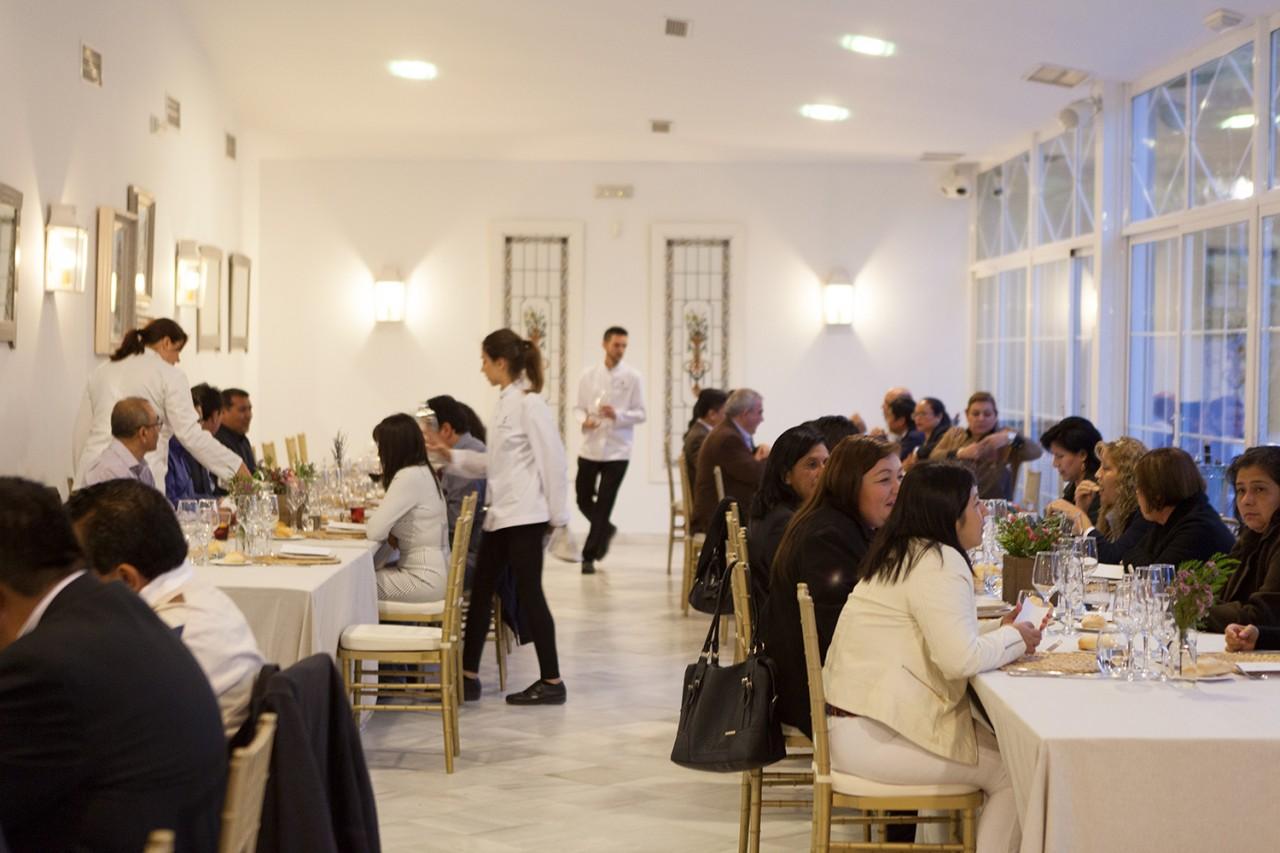 Alameda-Catering_Evento-Abbott_145 - Fotografía de la cena de gala ofrecida para la empresa Abbott en el Cortijo Alameda de Granada
