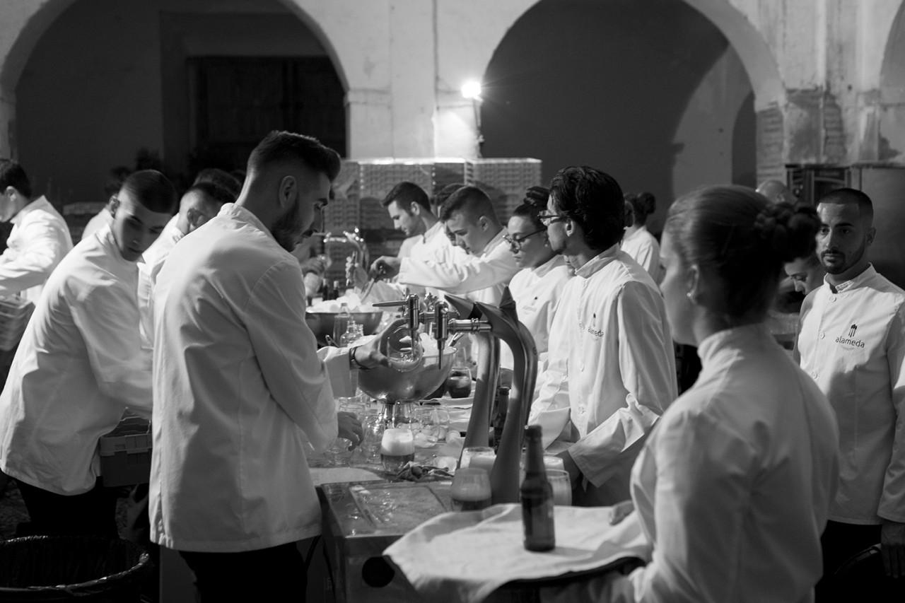 Alameda Catering_Desfile Pilar Dalbat SACROMONTE_04 - Presentación y desfile de la colección SACROMONTE de Pilar Dalbat en la Abadia del Sacromonte de Granada